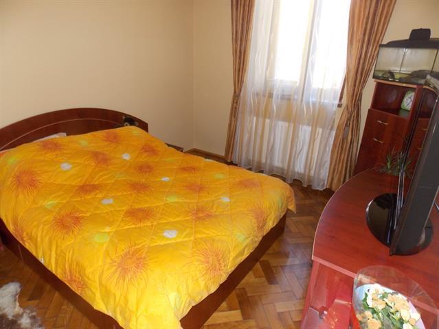 Apartament 2 camere la casa Terezian
