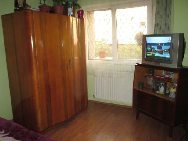 Apartament 5 camere decomandate zona Mihai Viteazu