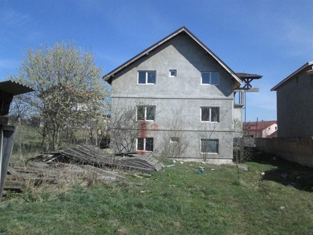 Casa noua 600mp in Saliste