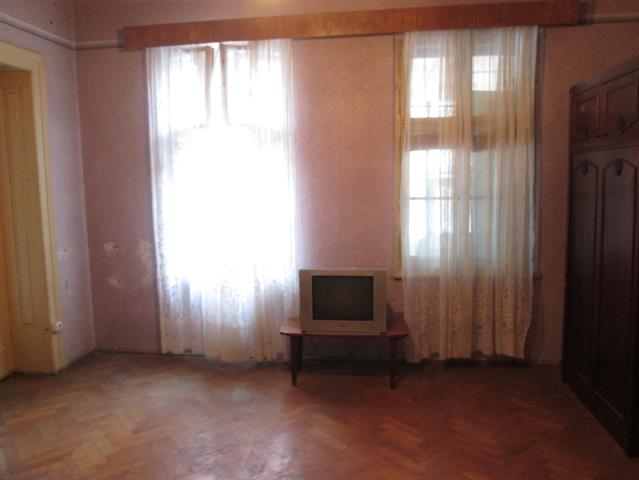 Apartament la casa 62 mp, Orasul de Jos