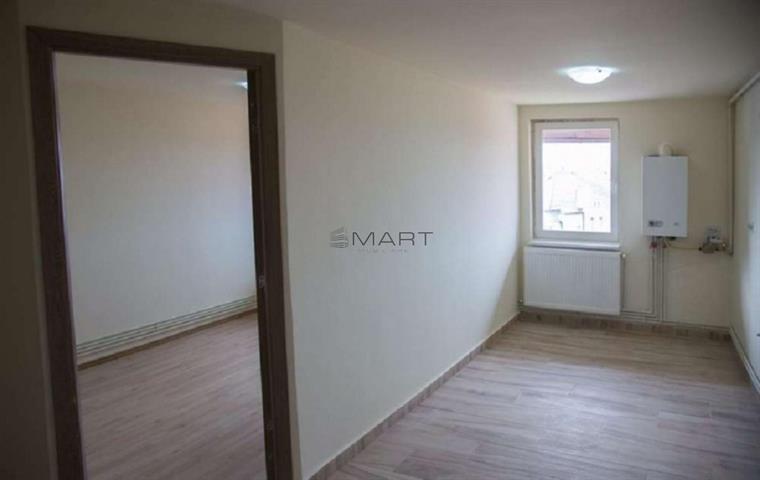 Apartament 1 camera zona Piata Cluj