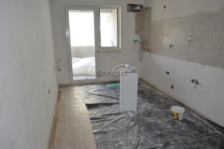 Apartament 3 camere 72 mp Central