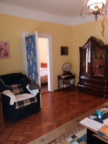 Apartament la casa,zona Ultracentrala