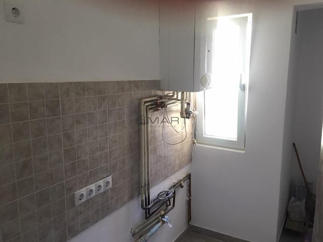 Apartament 2 camere zona Cedonia