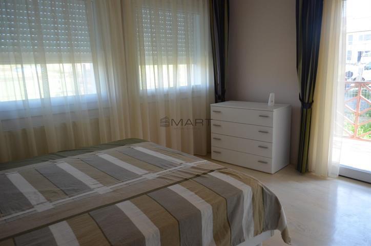 Apartament lux 3 camere zona Calea Cisnadiei