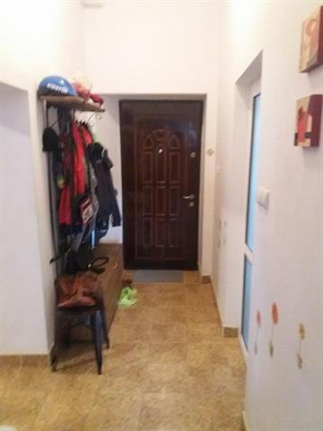 Apartament la casa in Orasul de Jos