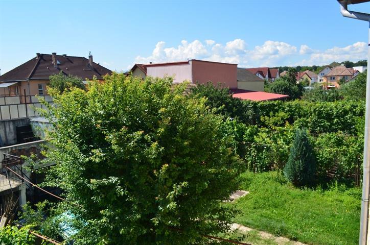 Apartament la casa 4 camere zona Calea Dumbravii