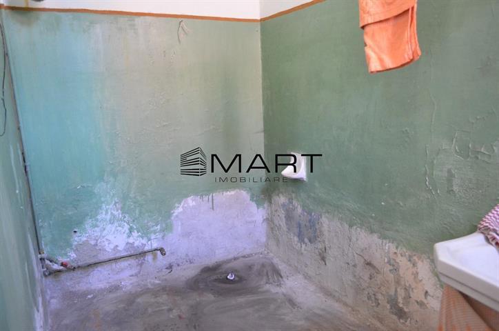 Apartament 2 camere decomandat zona Garii