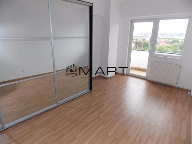 Apartament modern 3 camere zona Alba Iulia