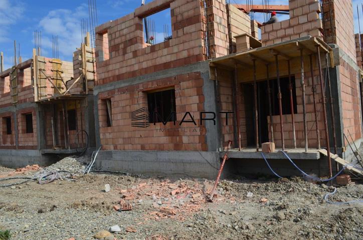 Apartament 4 camere spatios  zona Calea Cisnadiei