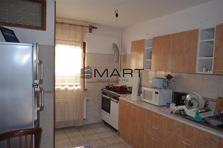 Apartament 3 camere decomandate Alba Iulia – Turnisor