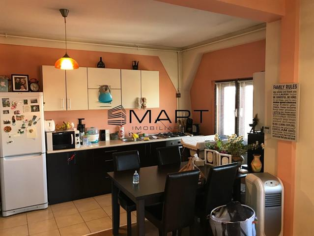 Apartament la mansarda zona Turnisor