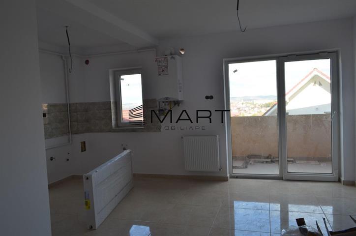 Apartament 3 camere etaj 1 zona Tilisca