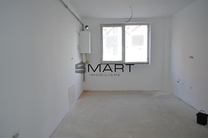 Apartament 3 camere cu curte str. Ricci