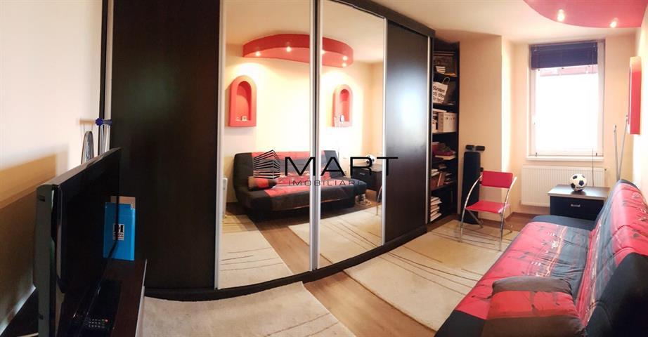 Apartament 3 camere zona Cedonia