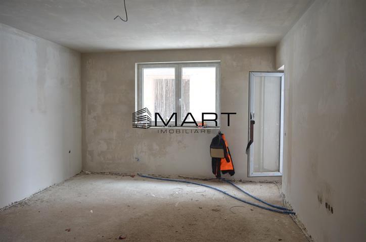 Apartament 3 camere 73 mp utili zona calea Cisnadiei