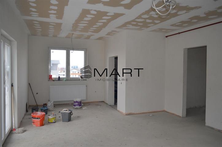 Penthouse 3 camere 95 mp utili zona calea Cisnadiei