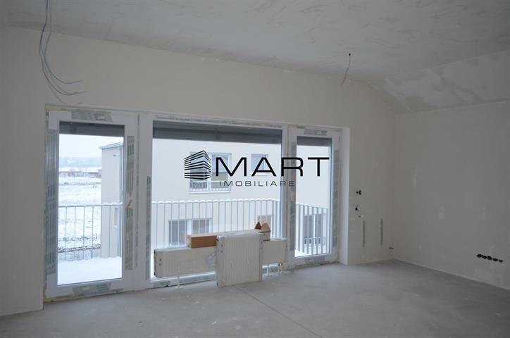 Apartament 3 camere 63 mp utili zona calea Cisnadiei