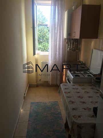 Apartament 2 camere semidecomandat zona Rahovei