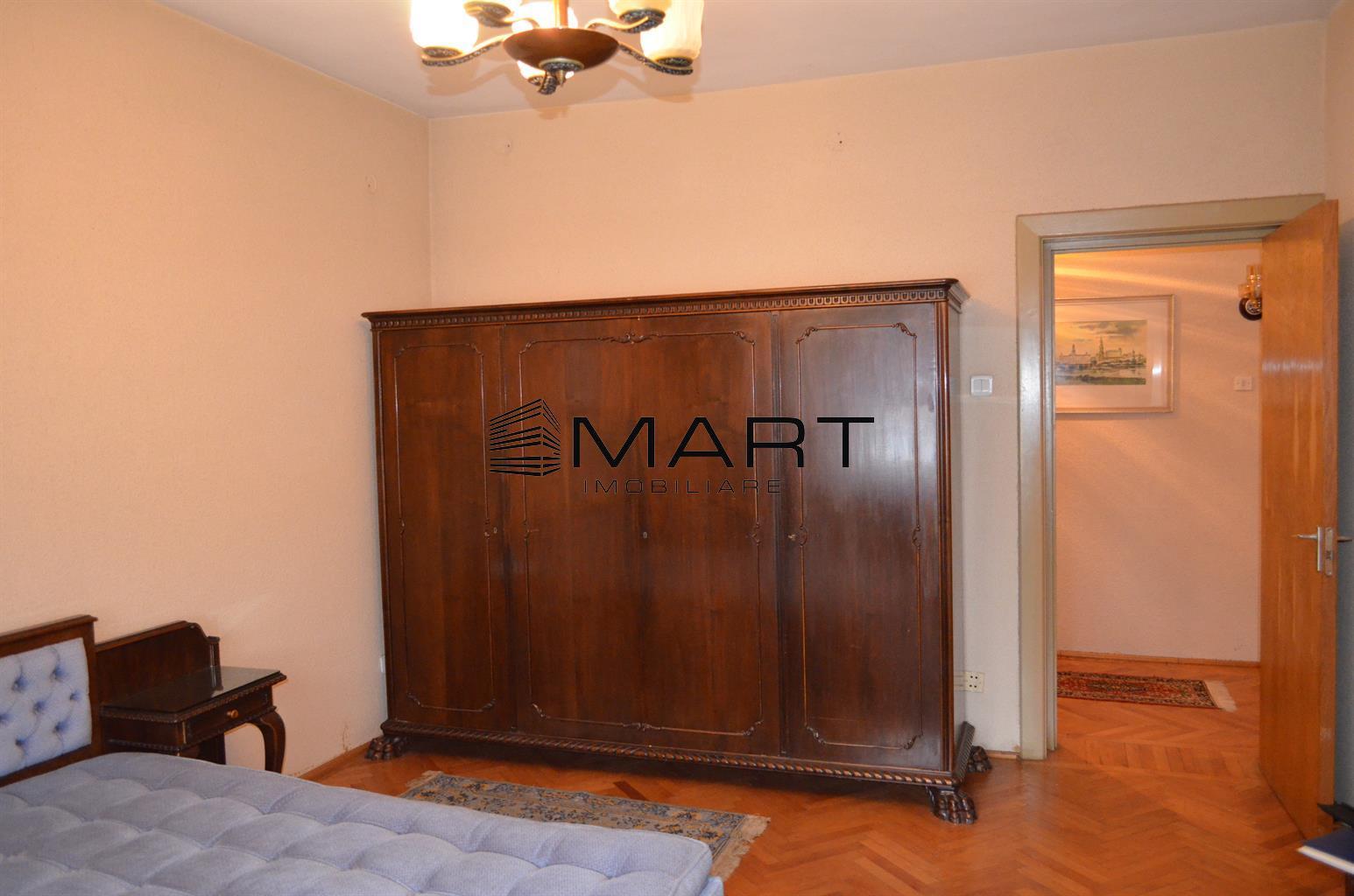 Apartament casa 3 camere 130 mp utili zona Parc Sub Arini