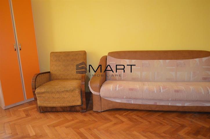Apartament 2 camere decomandat zona Semaforului