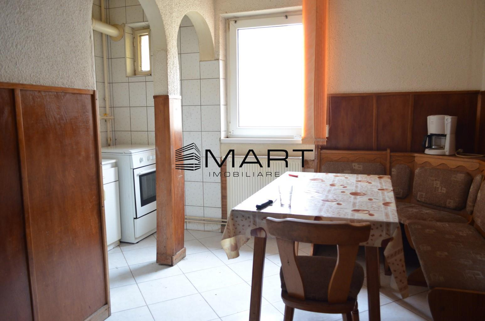 Apartament 3 camere decomandat zona Turnisor