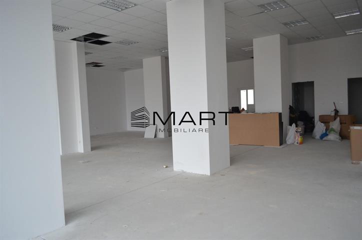 Spatiu comercial zona Bulevardul Mihai Viteazul