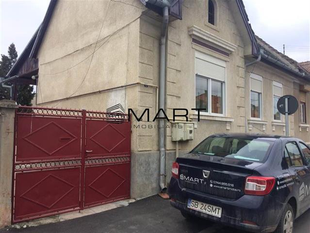 Casa 2 camere single zona Piata Cluj