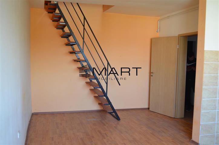 Apartament 2 camere la mansarda zona Lazaret