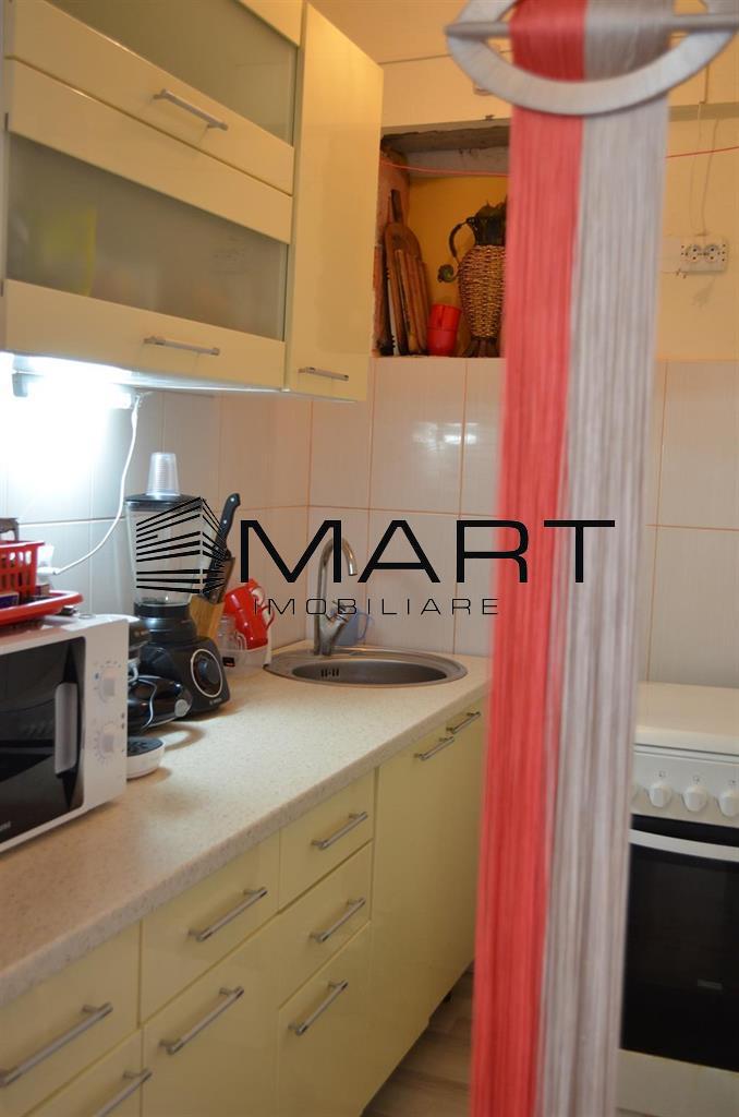 Apartament 3 camere decomandat zona Dedeman