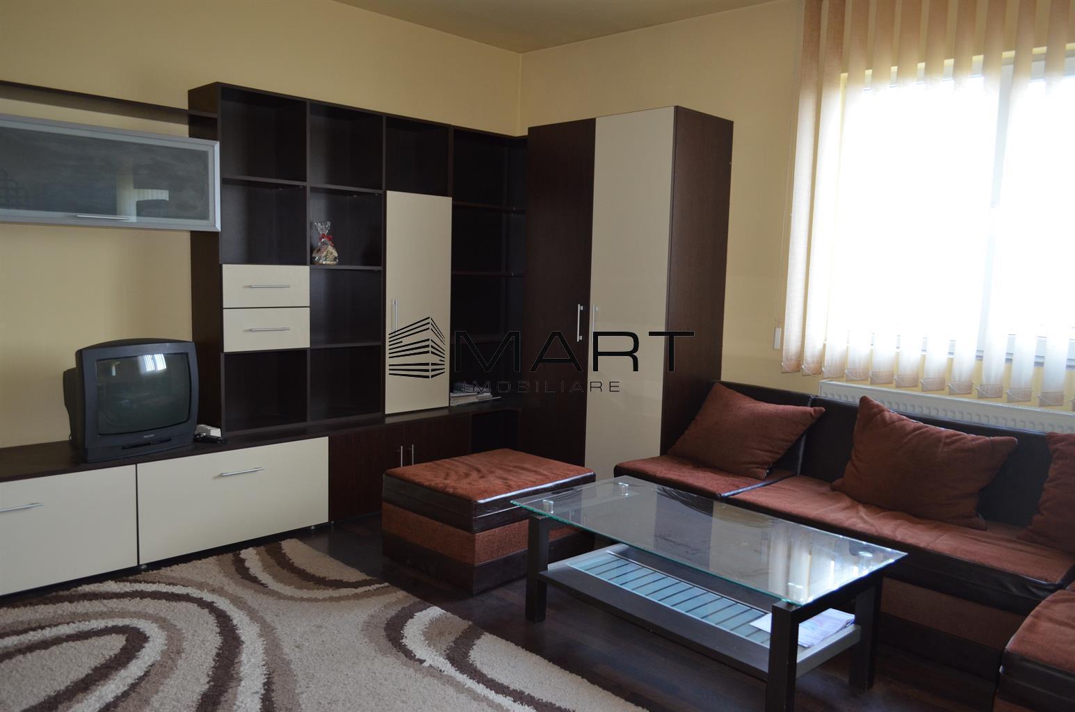 Apartament 3 camere decomandat zona Lazaret