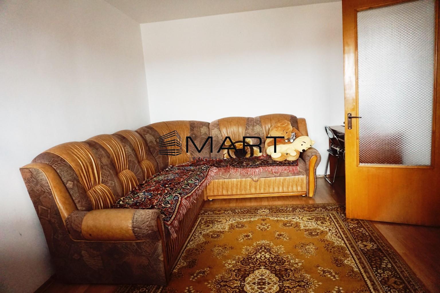 Apartament 2 camere decomandat zona Vasile Aaron